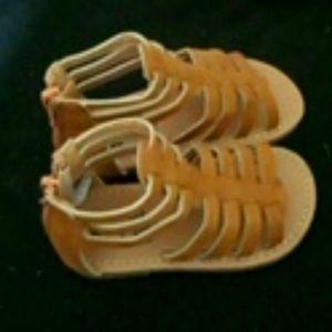 Sandals new never worn